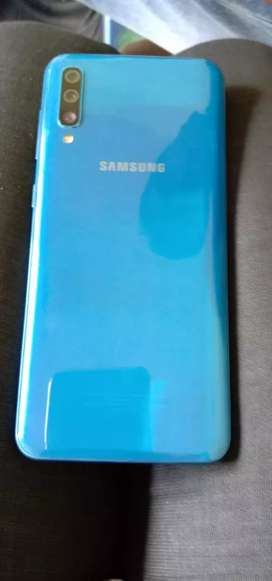 Samsang a 50 6gb ram 64 internal memory upto expandable 256gb