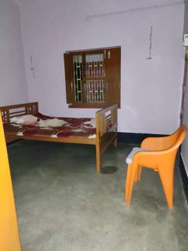 Flat and single room also available