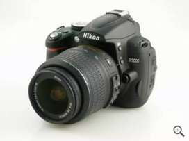 Available for rent            Lens 55 250 with charger only price 1000