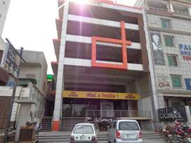 3800 sq ft Floor on Rent for Multinational Company at Kohinoor City