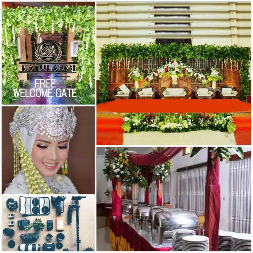 Dekorasi Wedding Jogja Di Hias Dengan  Lampu Antik 0