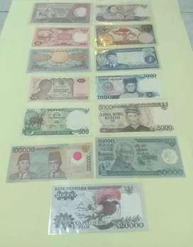 Di jual uang kuno