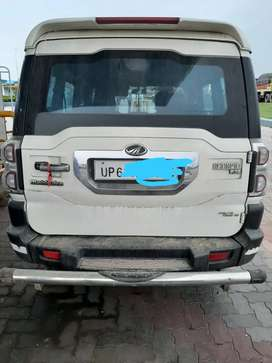 Mahindra Scorpio 2015 Diesel 70000 Km Driven with microhybrid engine