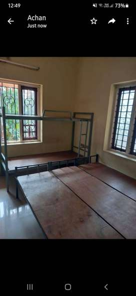 GENTS Rooms for rent near infopark & csez KAKKANAD (WITH FOOD-4000)