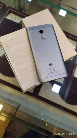 Nice little un used redmi 4 note for salen..with box and charger kit