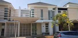 Disewakan Rumah Minimalis Bagus Di Malibu Beach Pakuwon City