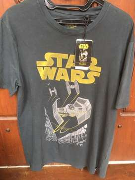 pull n bear star wars size M