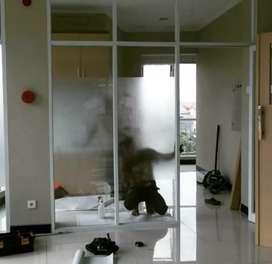 Pintu Kaca mati sunblast dan kusen alumunium .214
