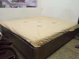 Double bed with storage without Takiye