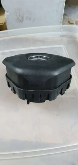 Mercedes airbag