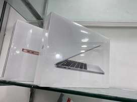 "Apple MacBook Pro 13"" MYD82 - Apple M1 Chip 08GB 256GB  New"