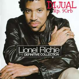 Dijual CD Lionel Richie & The Commodores The Definitive Collection