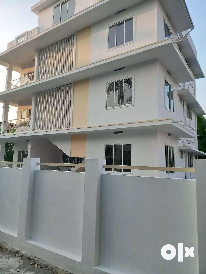 3 bhk 1500 sqft appartment at aluva thottakattukara manappuram road 0