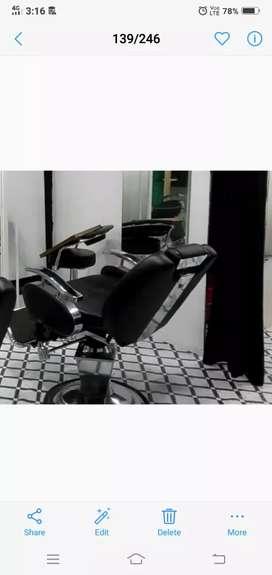 Beauty parlour chair for sale