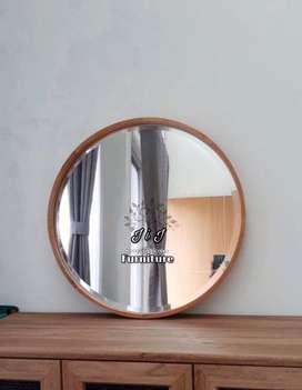 cermin bulat kayu jati