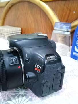 Canon 600D lenz available