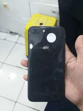 Iphone 8 plus warna black