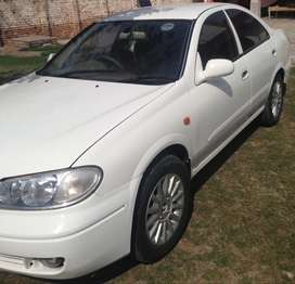 Nissan Sunny Super Saloon Automatic 1.6