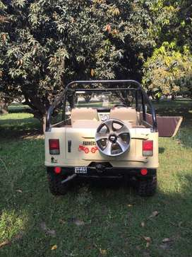 Modified jeep for seel