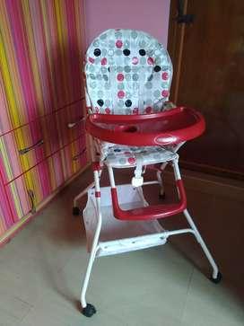 Notty kids babyhug rarely used high chair