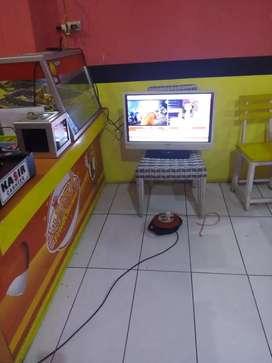 Di jual franchise  / waralaba  fried chicken ( Rumah makan)