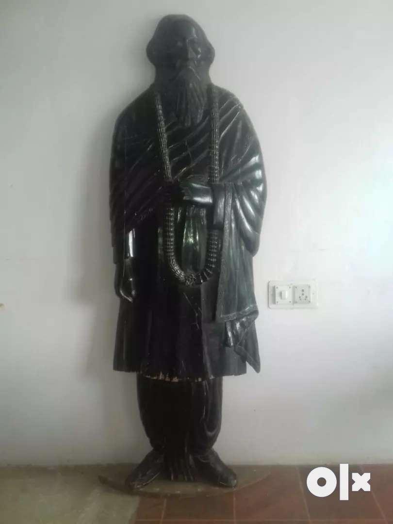 श्री रविन्द्र नाथ टैगोर मूर्ति