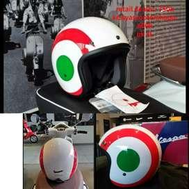 Vespa helm italian flag