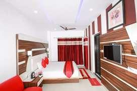 Dharmshala n meclo Hotel for sale.