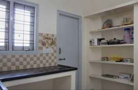2 BHK Sharing Rooms for Women in Uppal