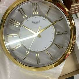 All Kinds of Wall clock Wholesale And Retail Available  in Own Shop .