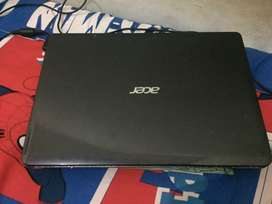 Laptop Acer Aspire E1-471 Type tinggi ( Second )