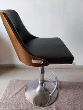 Chair heavy duty (Wood + Steel + Gas lift)