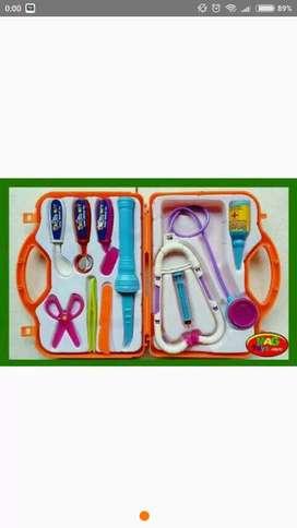 Mainan anak dokter dokteran koper