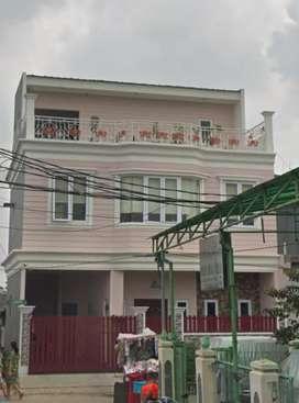 Rumah mewah 3 lantai
