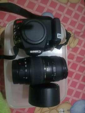 Kamera canon body 1100D + lensa tamron 18-300