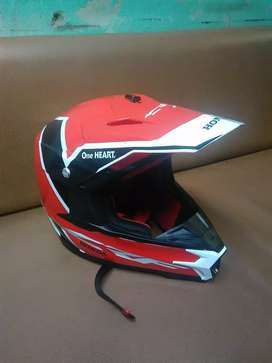 Helm CRF size M second