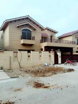 17 Marla Brig house available for Sale in Askari 10 sector F