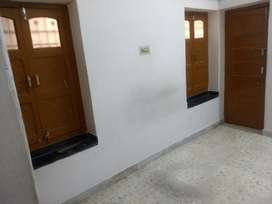 1 room kitchen for small family only no student
