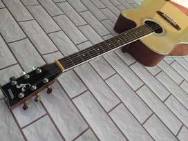 Gitar Yamaha natural jumbo