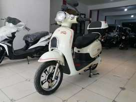 Electric scooters available in reasonabl prices brand new e Scooty