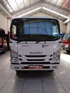Isuzu Elf Giga Dump Truck 2017 Putih 6.1