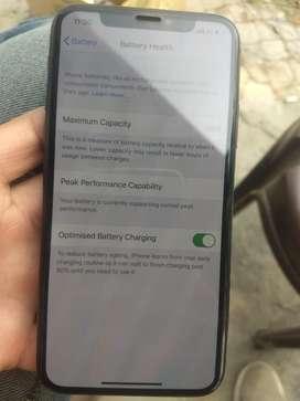 Iphone X 64 gb 1 year old