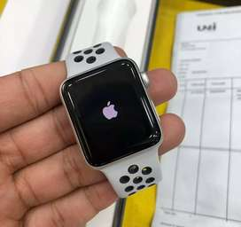 Apple watch series 3 gps 42mm 6 Month old