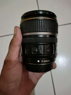 CANON EFS 17-85 is usm Dan Lensa 18-55 is usm