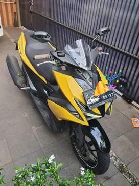 Yamaha Aerox type R 2018 kuning