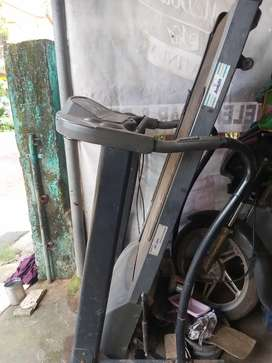 Treadmill for sale(scrap condition)
