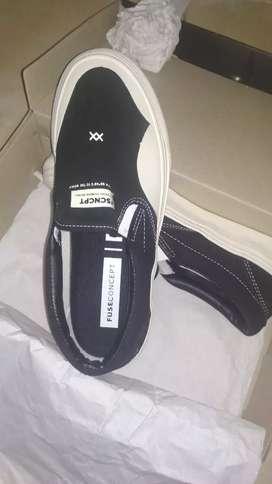 Sepatu Fuse Concept Slip on