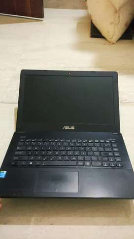 Excellent Condition Asus 4th Gen Core i3 Laptop at CHEAPEST PRICE !