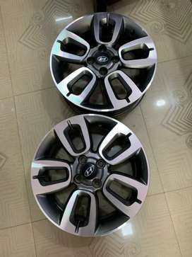 16 inches i20 OEM diamond cut stock alloy light uesd