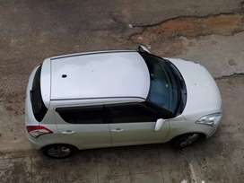 Maruti Suzuki Swift 2012 Diesel 82000 Km Driven